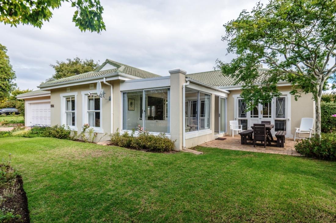 Cottage 984