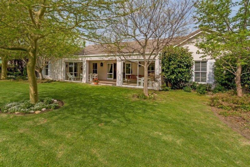 Cottage 1102