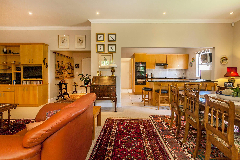 Cottage 1100