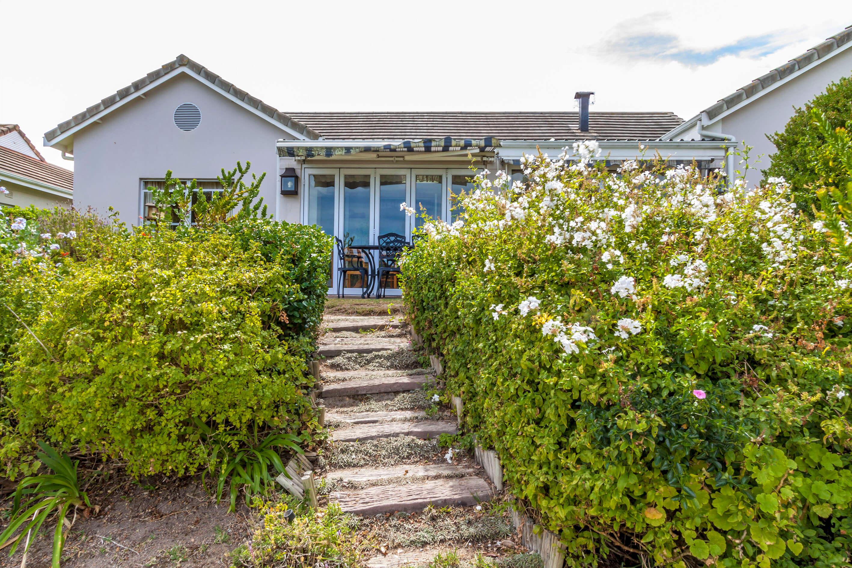 Cottage 1107