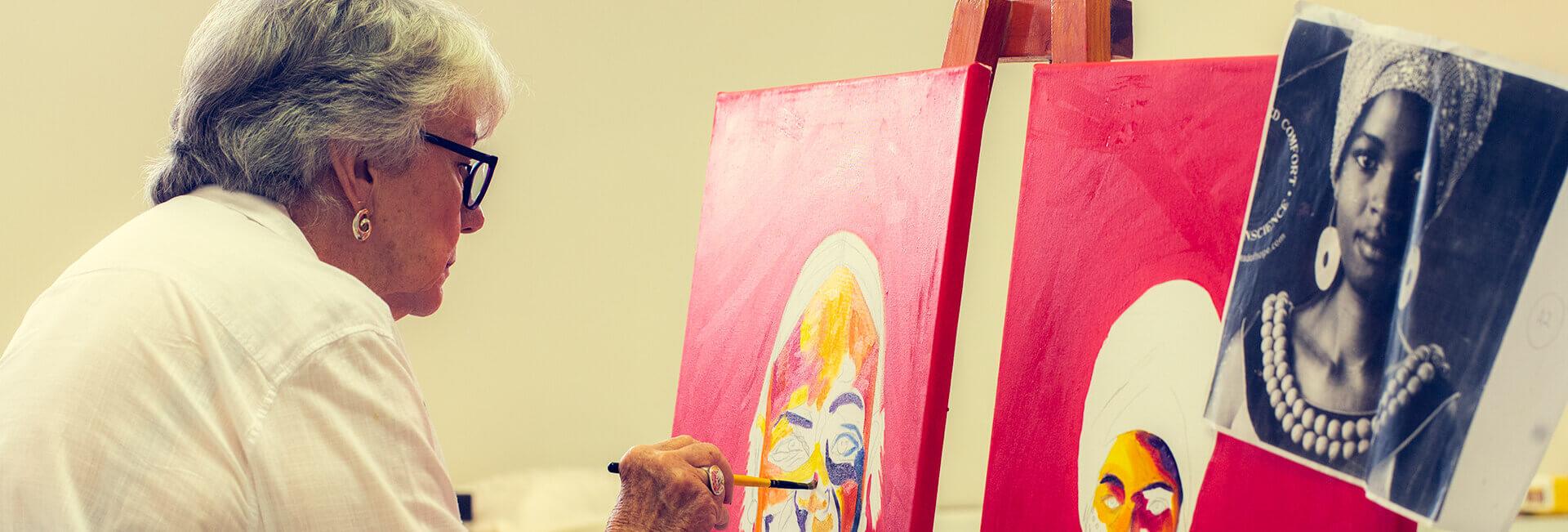 <p>ARTS &amp; CRAFTS</p> - 0